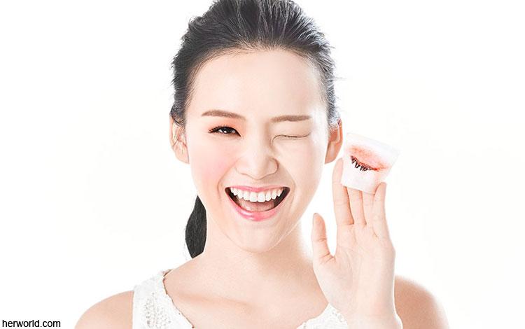 Rekomendasi Makeup Remover Yang Bagus Untuk Bersihkan Wajah Kamu