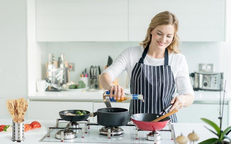 Apakah wanita harus bisa masak